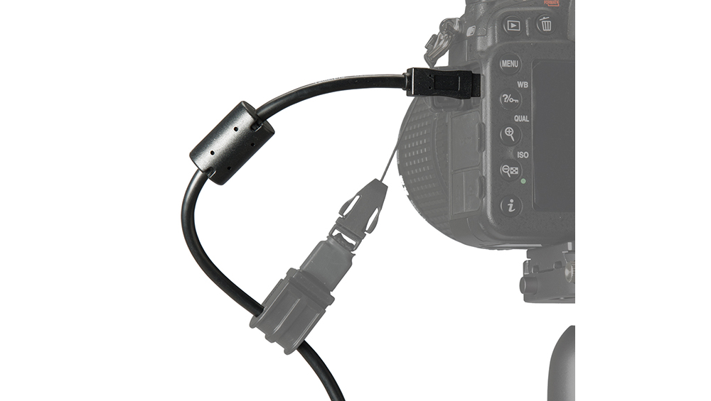 CU8015-BLK-tether-tools-tetherpro-usb-cable-8-pin-black-1-foot-cable-in-camera-body